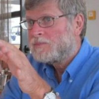 Profile photo of Aharon Kapitulnik, expert at Stanford University
