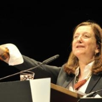Profile photo of Beatriz Colomina, expert at Princeton University