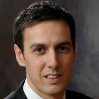 Profile photo of Eric Pop, expert at Stanford University