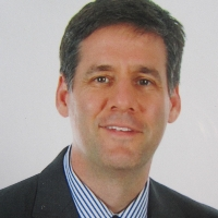Profile photo of Ian Gilron, expert at Queen's University
