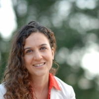 Profile photo of Julieta Caunedo, expert at Cornell University