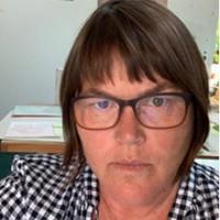 Profile photo of Laura Vandenburgh, expert at University of Oregon