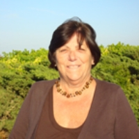 Profile Photo of Linda Duguay