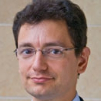 Profile photo of Nicolas Veron, expert at Peterson Institute for International Economics